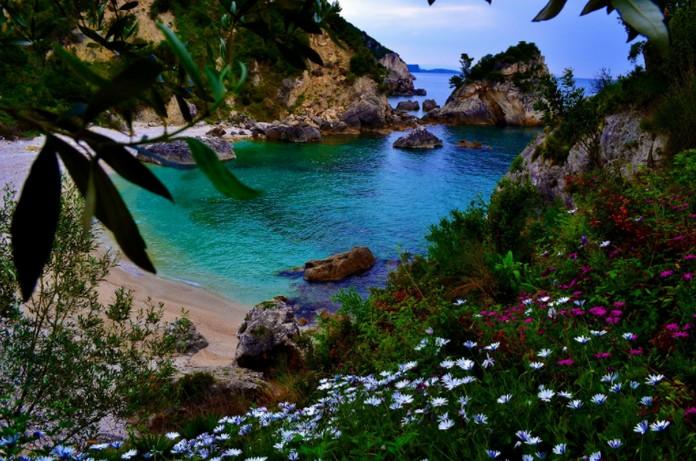 Bu Yaz Yunanistan Seyahati Yapmak İçin En İyi 5 Neden